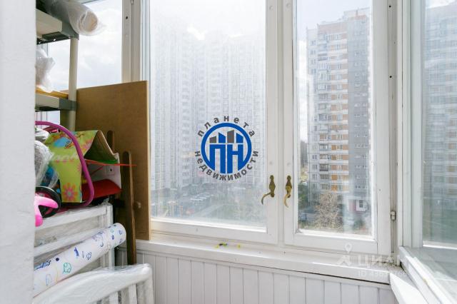 Продам 2-комн. квартиру по адресу Россия, Москва и Московская область, Москва, Никулинская улица, 23к2 фото 14 по выгодной цене