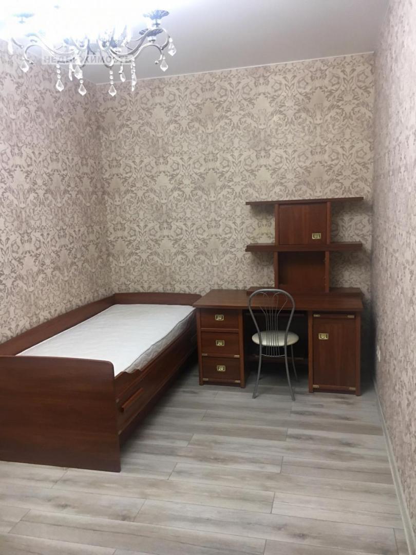 Таунхаус в аренду по адресу Россия, Московская область, Москва, Бутовская линия