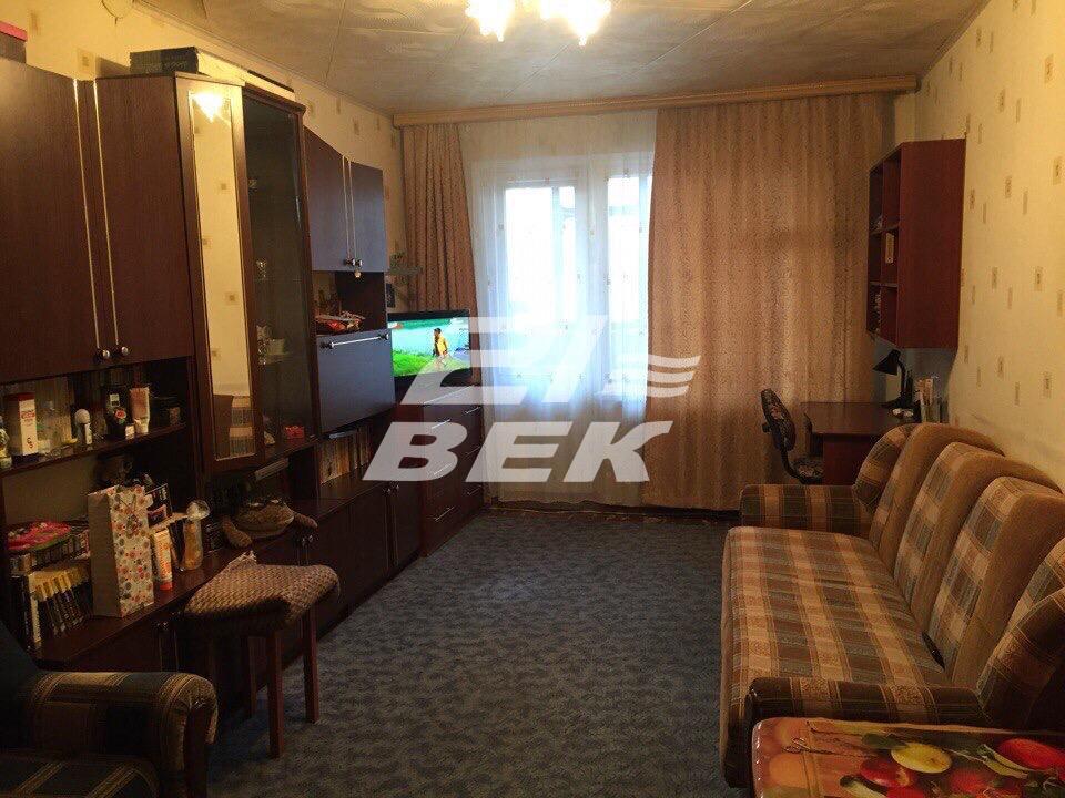 продам 2-х комнатную квартиру по ул. обоянск ...