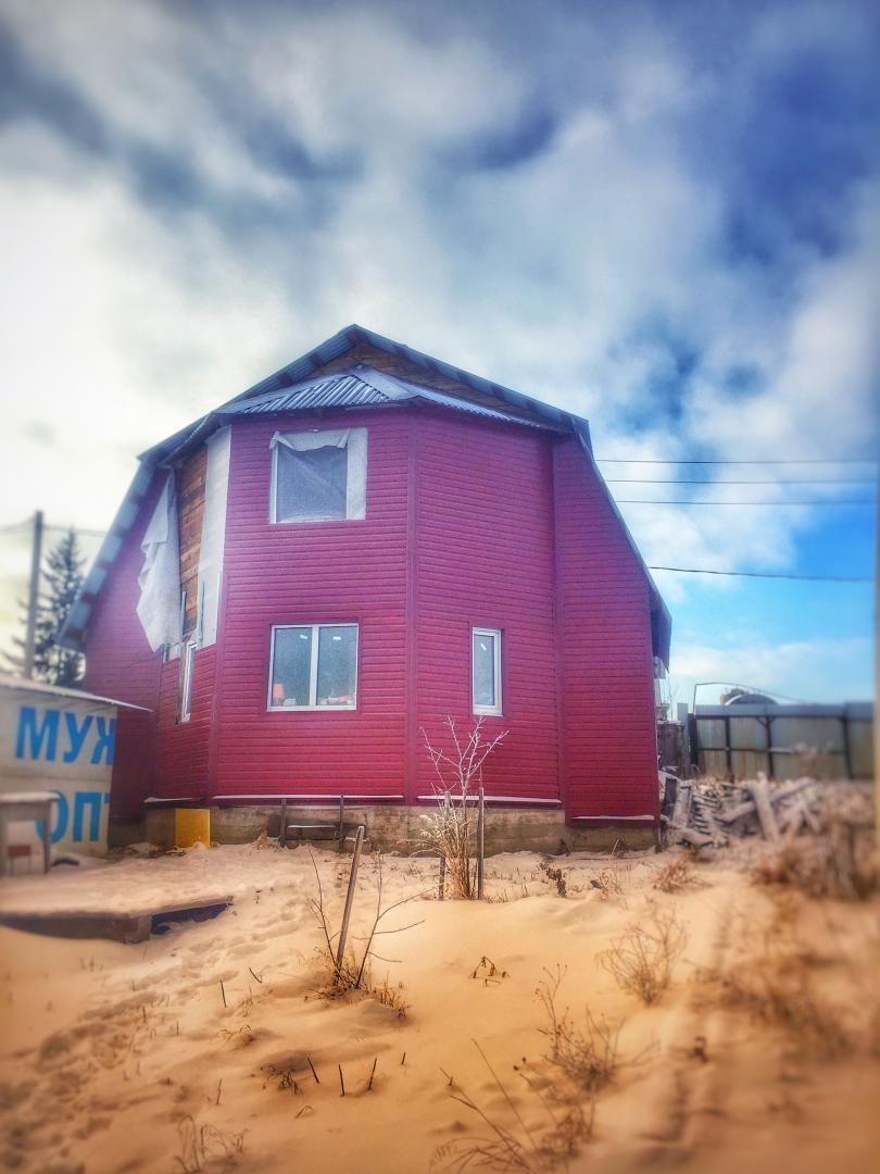 Дом на продажу по адресу Россия, Иркутская область, Иркутский район, Спутник, Высотная улица, 114