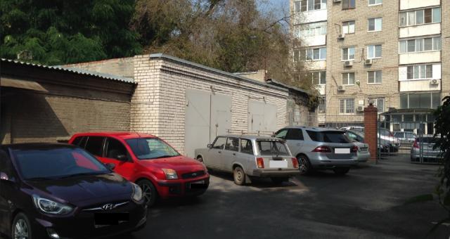 Продаётся 1-комн.               гараж, 30 сот,  Волгоград,               Центральный, улица Порт-Саида, 5А