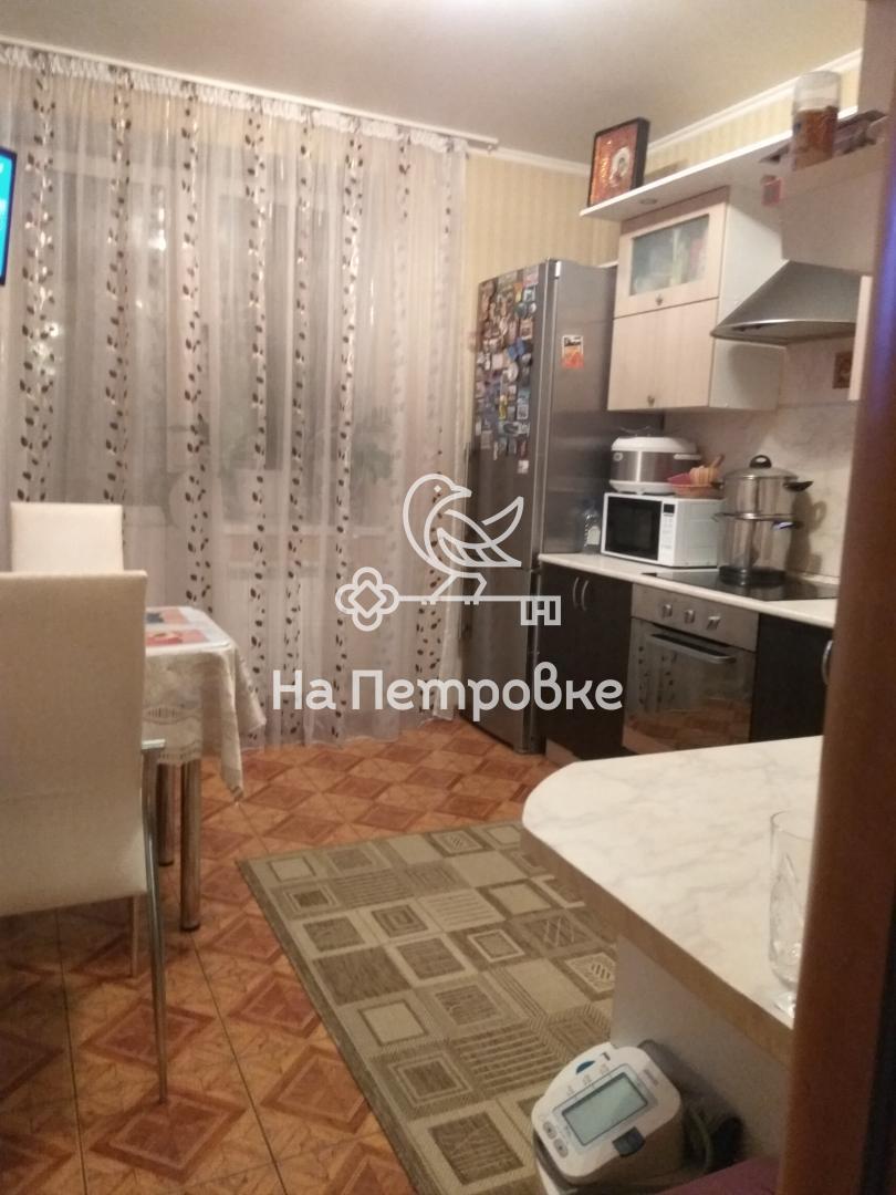 Продается двухкомнатная квартира за 8 350 000 рублей. Московская обл, г Реутов, ул Комсомольская, д 12.