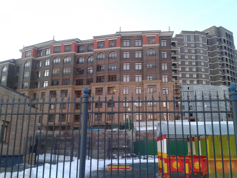 Продается трехкомнатная квартира за 6 670 000 рублей. Химки, Транспортный проезд, 1.