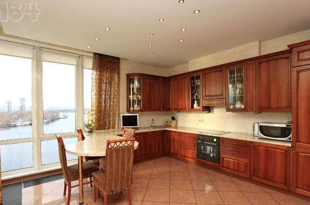 Панорамные окна на кухне дизайн