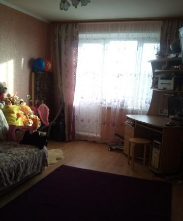 Продается двухкомнатная квартира за 2 500 000 рублей. Воскресенск, улица Кагана, 28.