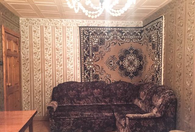 Продается двухкомнатная квартира за 2 400 000 рублей. Воскресенск, Центральная улица, 16.