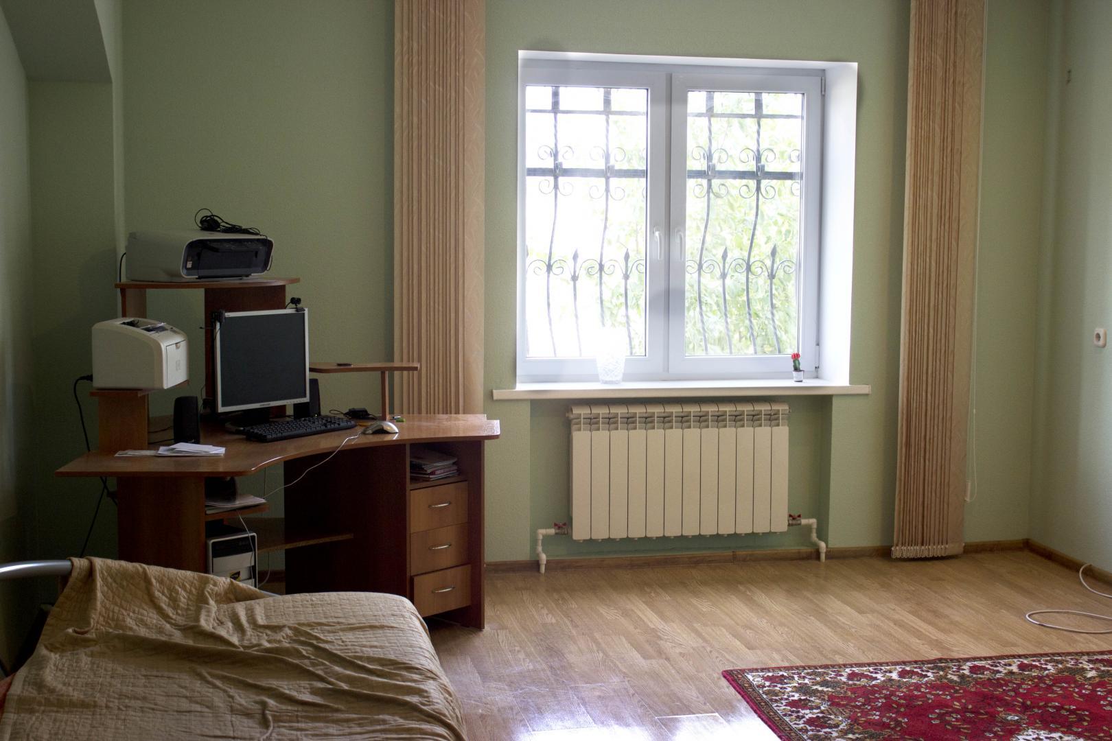 Продаётся 2-комн.               дом, 12 сот,  Волгоград,               Дзержинский, Таловская улица