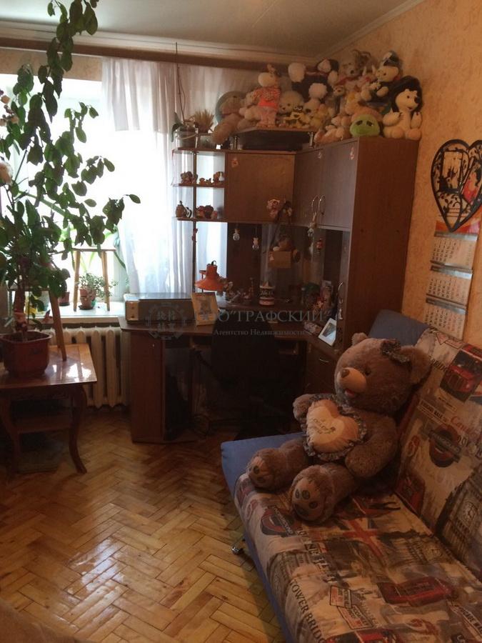 Продажа 3-к квартиры космонавтов, 49
