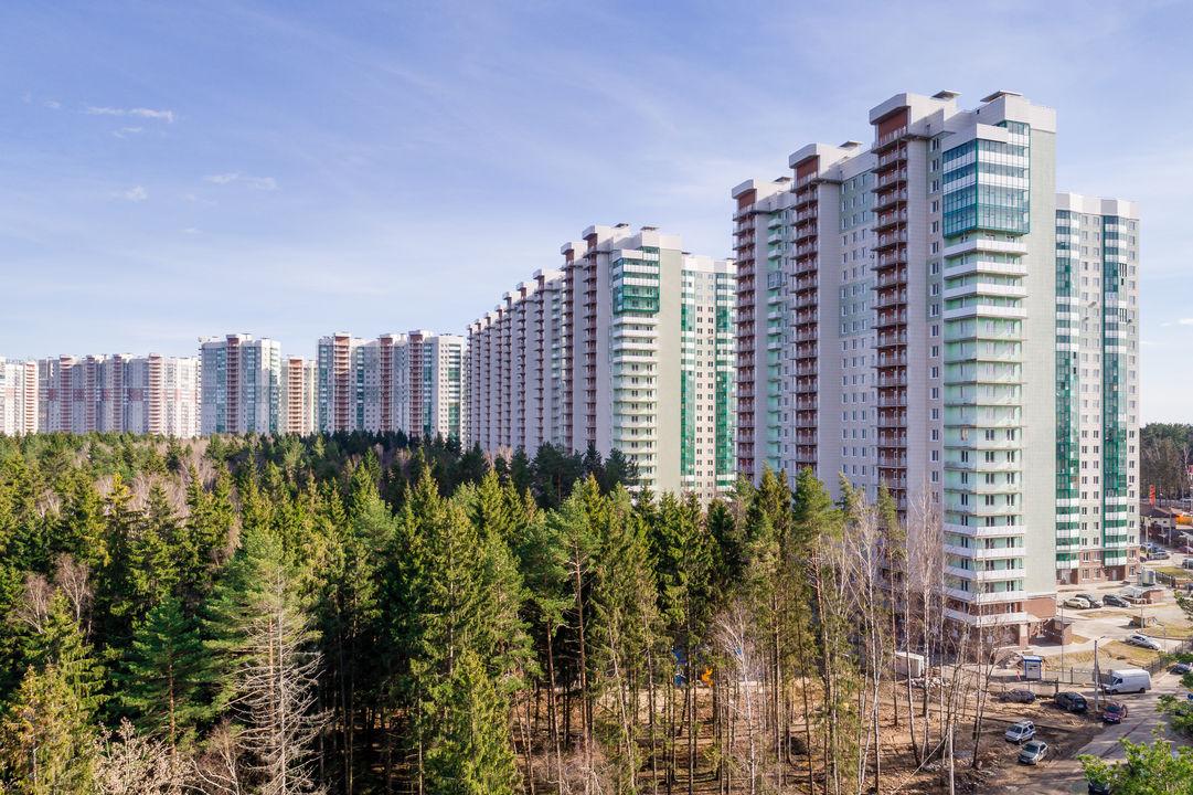 Продается трехкомнатная квартира за 7 552 130 рублей. Красногорск, бульвар Космонавтов, 13.