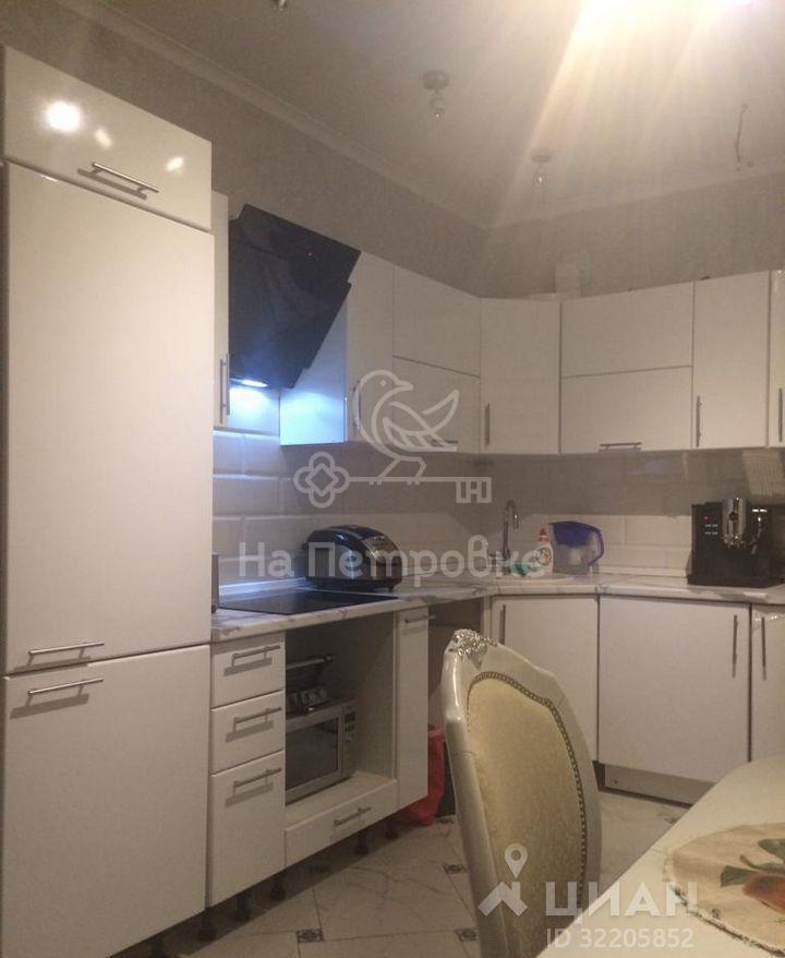 Продам 1-комн. квартиру по адресу Россия, Московская область, Москва, Озёрная улица, 9 фото 0 по выгодной цене