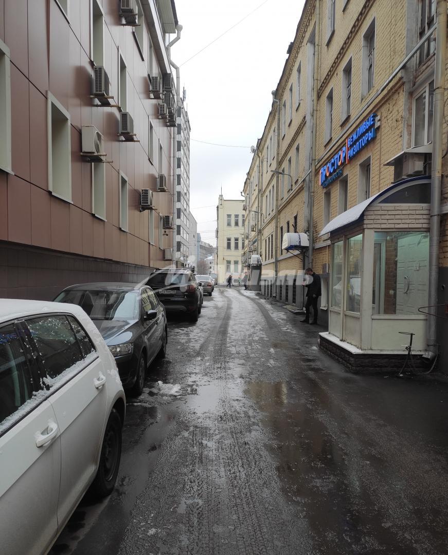 дома срочно фото рядом с метро красносельская нем
