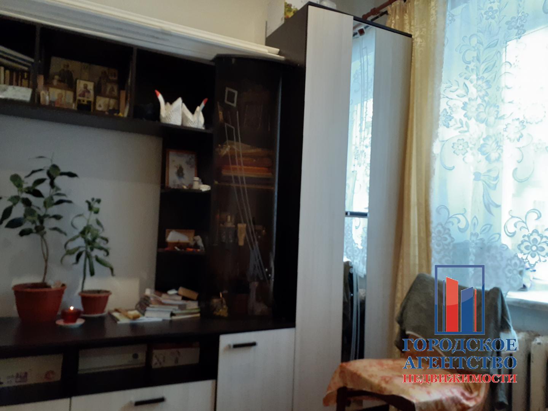 Продам комната по адресу Россия, Москва и Московская область, городской округ Серпухов, Серпухов, улица Захаркина, 24 фото 2 по выгодной цене