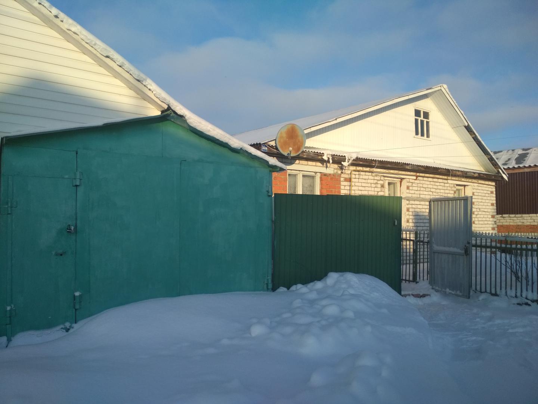Россия, Чувашия, поселок городского типа Кугеси, улица Радуга, 32а