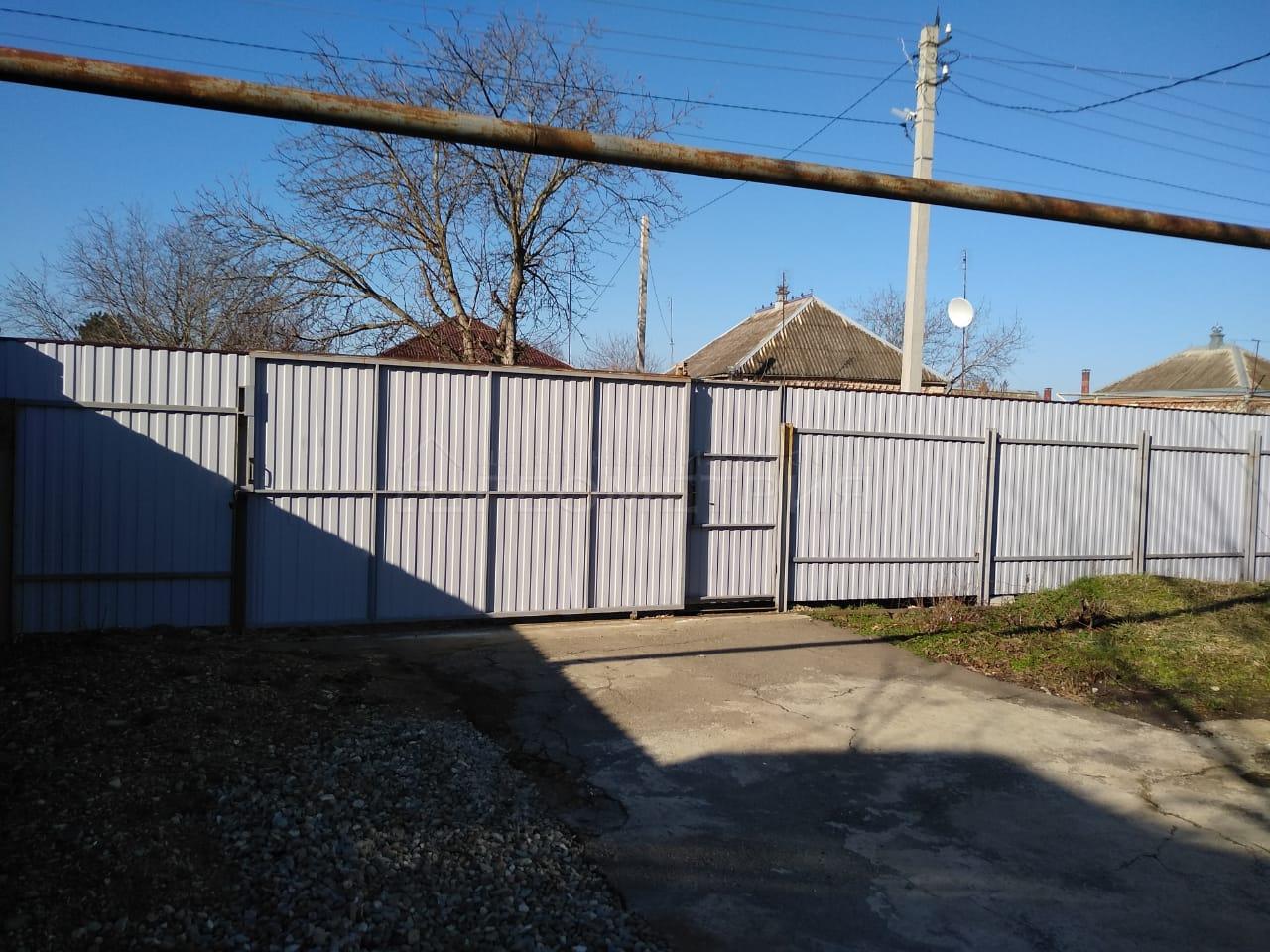 Продам дом по адресу Россия, Краснодарский край, Динской район, Новотитаровская фото 8 по выгодной цене