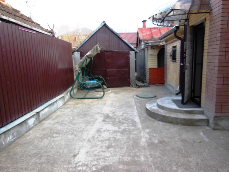 Часть Дома на продажу по адресу Россия, Ставропольский край, городской округ Ессентуки, Ессентуки, улица Крупской, 51