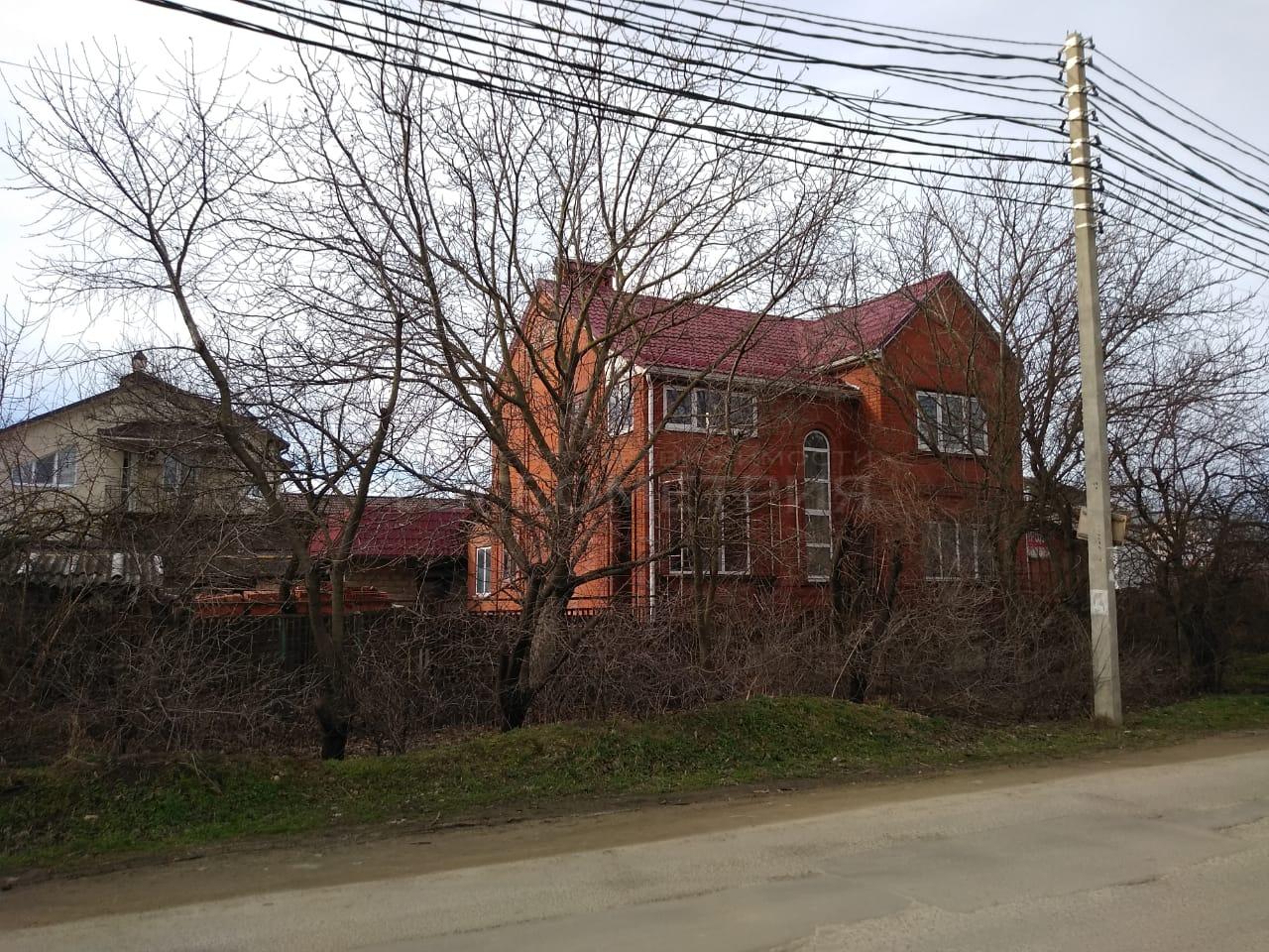 Продам дом по адресу Россия, Краснодарский край, городской округ Краснодар, Краснодар, Троицкая улица фото 3 по выгодной цене
