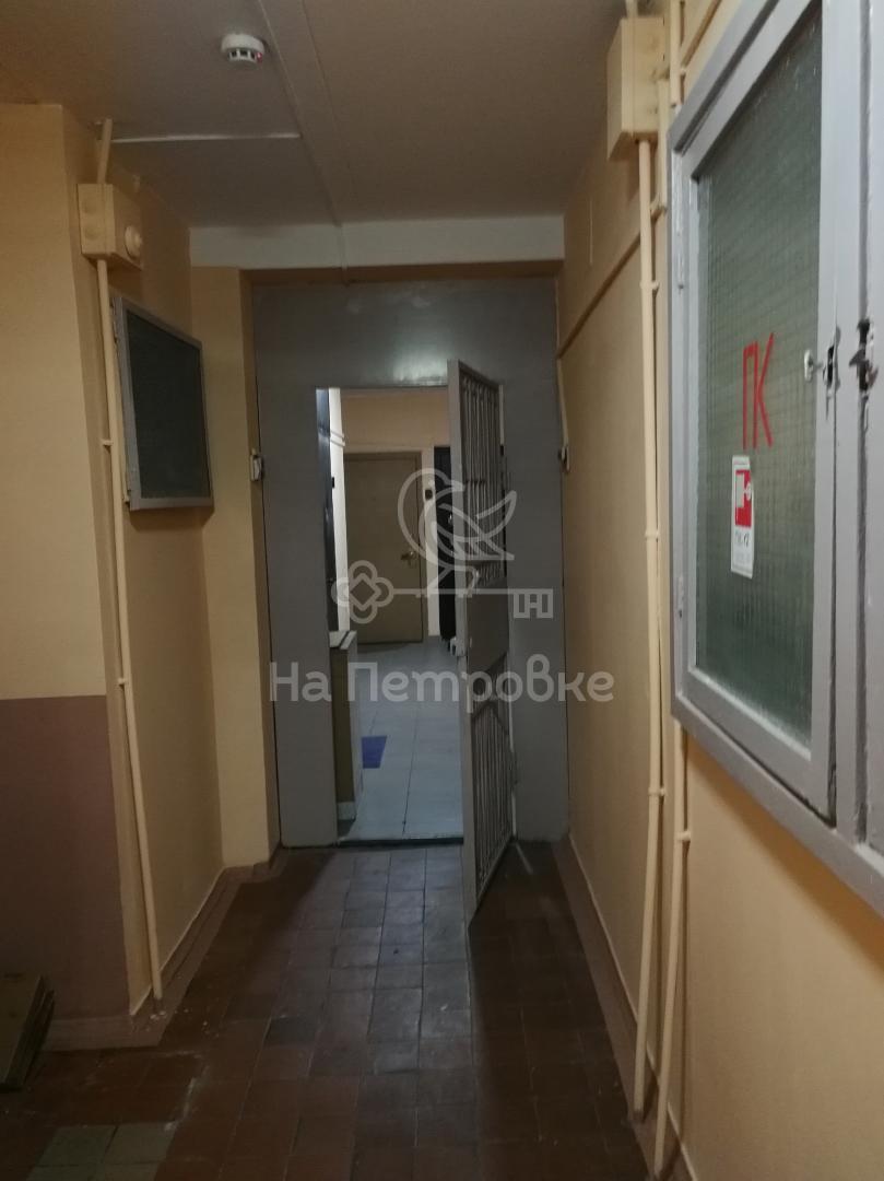 Продам 2-комн. квартиру по адресу Россия, Москва и Московская область, Москва, Енисейская улица, 12 фото 7 по выгодной цене