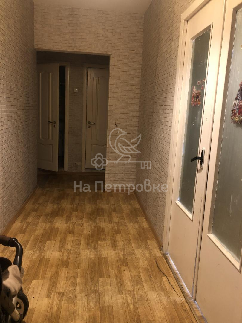 Продам 3-комн. квартиру по адресу Россия, Москва и Московская область, Москва, Коломенская улица, 25 фото 2 по выгодной цене