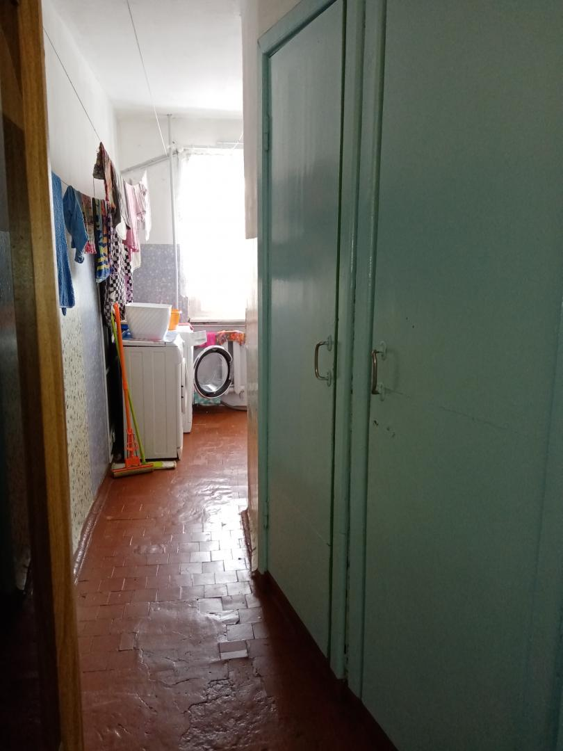 Комната на продажу по адресу Россия, Иркутская область, городской округ Иркутск, Иркутск, бульвар Рябикова, 11Б