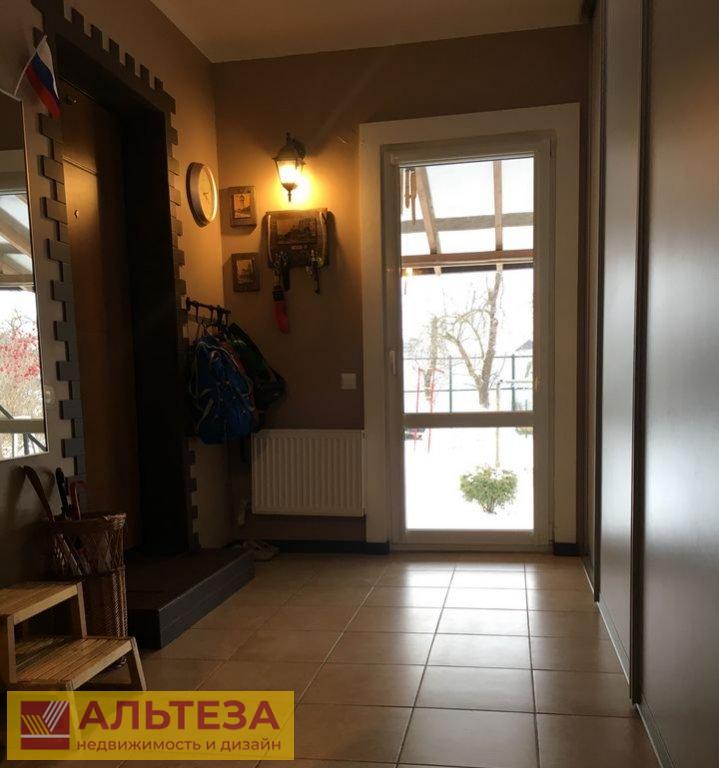 Продам 3-комн. квартиру по адресу Россия, Калининградская область, Зеленоградский городской округ, Зеленоградск, 1-й Железнодорожный переулок, 8 фото 5 по выгодной цене