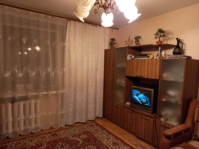 Продажа 2-к квартиры космонавтов, 43