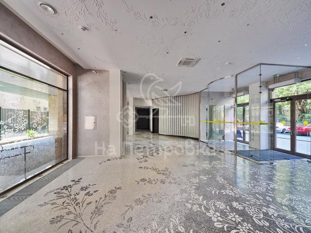 Продам 3-комн. квартиру по адресу Россия, Московская область, Москва, Богословский переулок, 12А фото 5 по выгодной цене